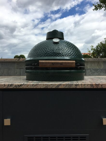 Big Green Egg sütő